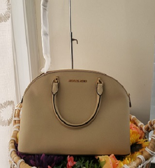 MICHAEL KORS – Emmy Large Dome Satchel Luggage Bisque (MA)